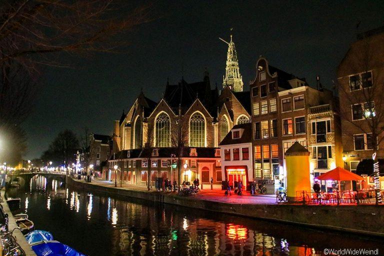 Niederlande, Amsterdam 40-Rotlichviertel, Oude Kerk