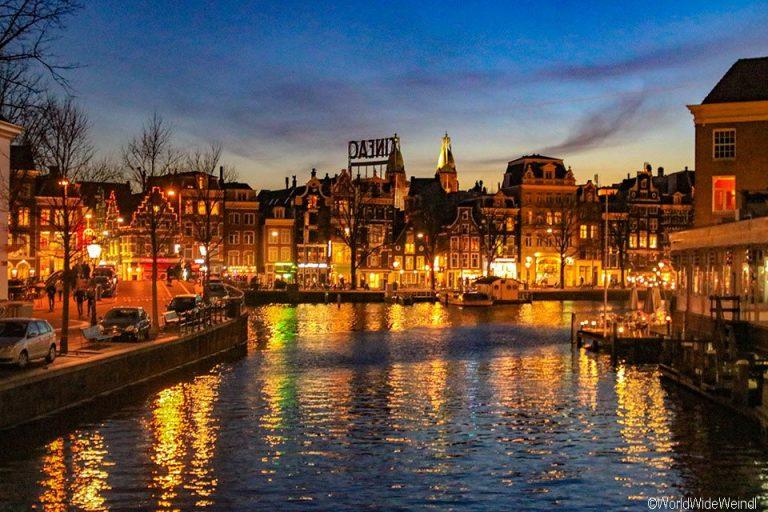 Niederlande, Amsterdam 137, Kloveniersburgwal, Aluminumbrug